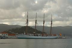 Juan Sebastián Elcano (A-71)