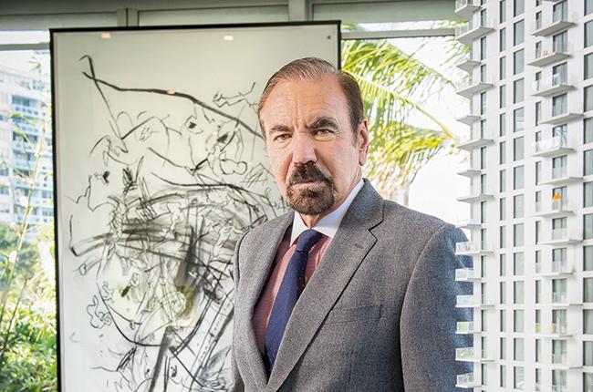 JORGE PÉREZ, ENTRE LOS LADRILLOS Y ARTE