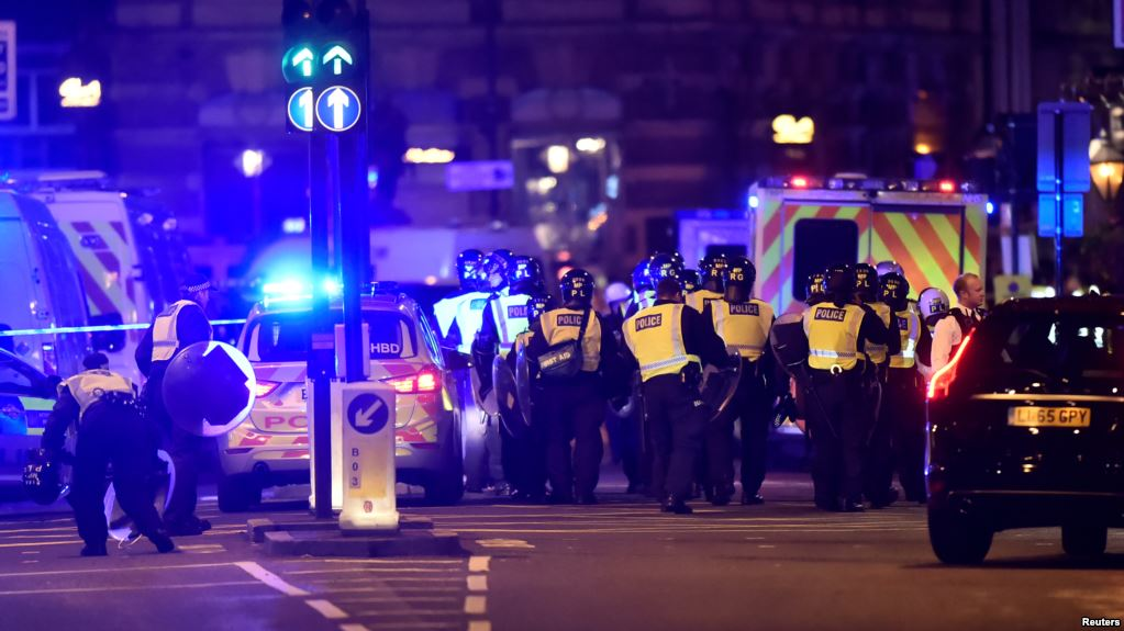 DOS NUEVOS ATAQUES TERRORISTAS EN EL REINO UNIDO: 6 MUERTOS, 30 HERIDOS
