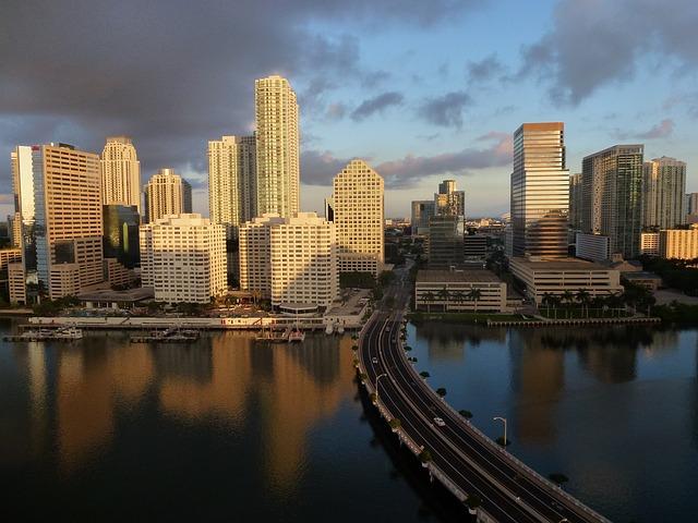 EN LA FLORIDA SE HAN CREADO MÁS DE 75,000 EMPRESAS NUEVAS DESDE DICIEMBRE DEL 2010