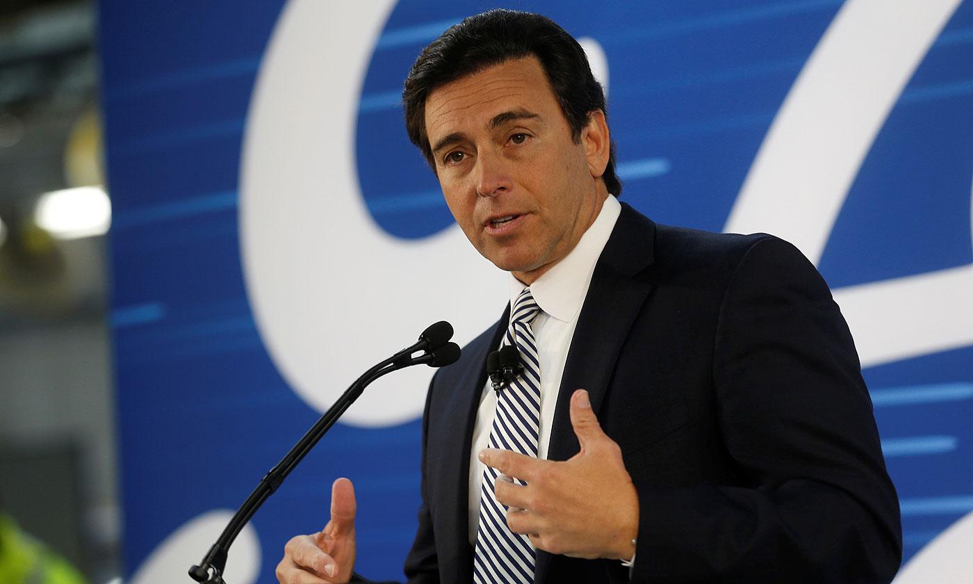 TPG CAPITAL CONTRATA A EX CEO DE FORD MOTOR