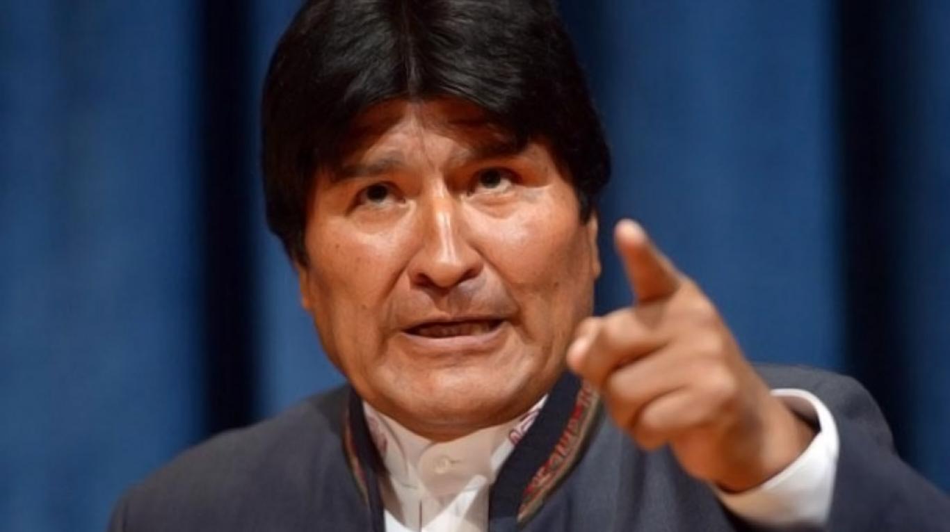LA INCREÍBLE EXCUSA DEL PRESIDENTE DE BOLIVIA PARA ATORNILLARSE EN EL PODER
