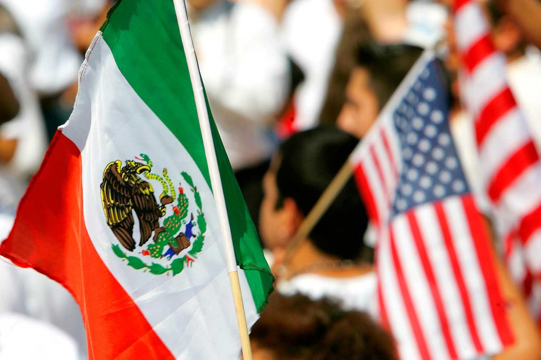 LA INCERTIDUMBRE POR EL TLCAN PONE EN RIESGO LA ECONOMÍA MEXICANA