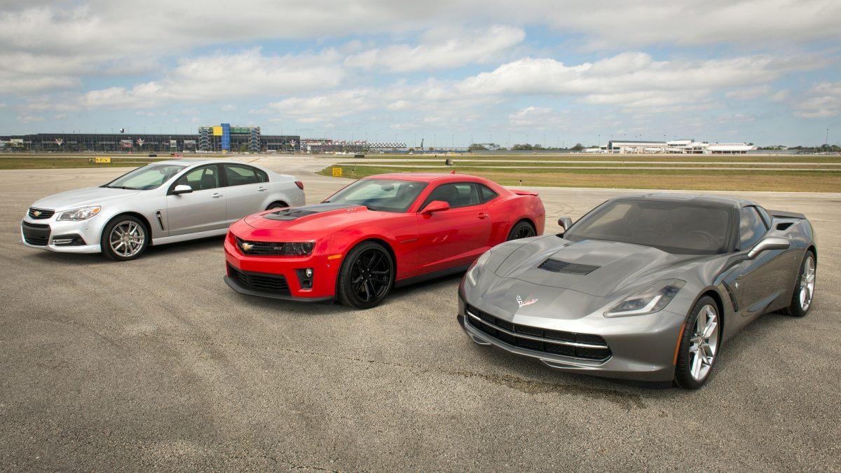 Chevrolet ruge con el nuevo SS y el Corvette convertible