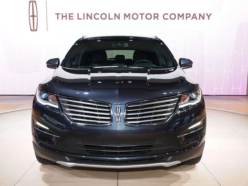 La moda inspira la elegancia del nuevo Lincoln MKC de 2015