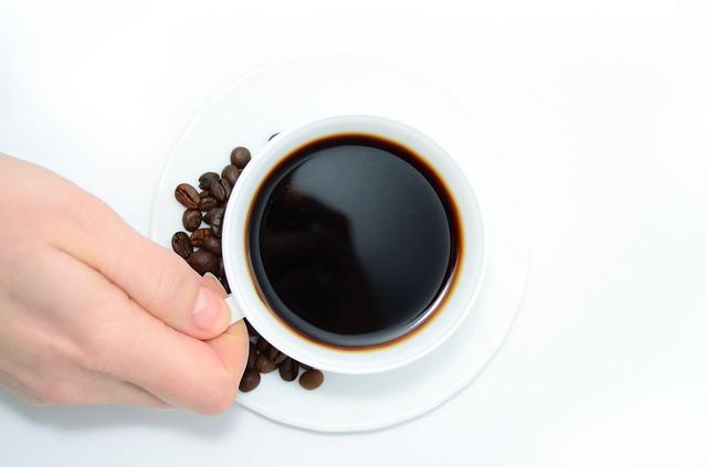 CAFÉ POLÉMICO: UN NUEVO INFORME INDICA QUE EVITA EL CÁNCER DE HÍGADO
