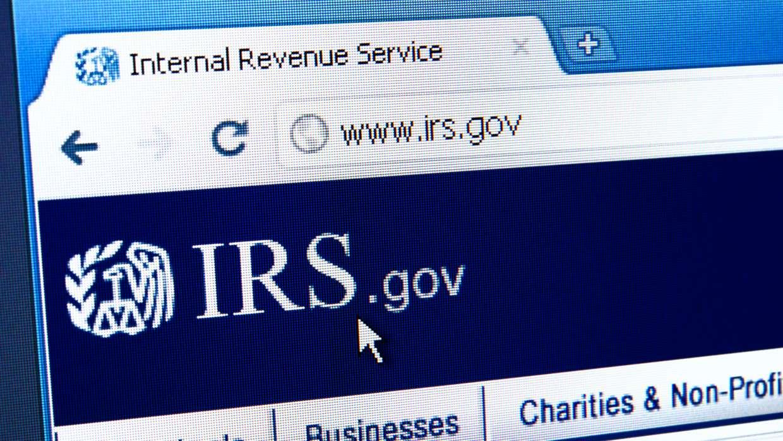 EL IRS POSPONE LA FECHA LÍMITE DE IMPUESTOS: PASO DEL 15 DE ABRIL AL 17 DE MAYO