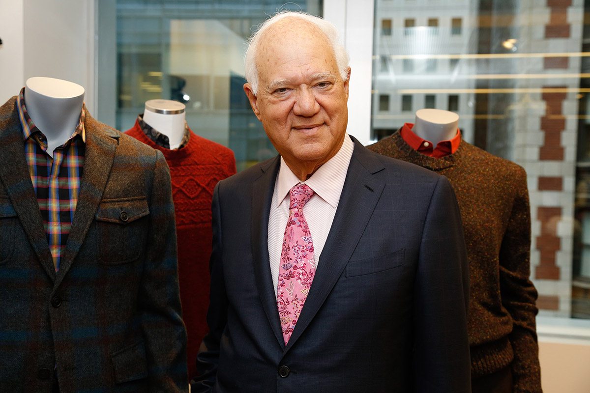 PERRY ELLIS SERÁ PRIVATIZADA EN UN TRATO DE $437 MILLONES
