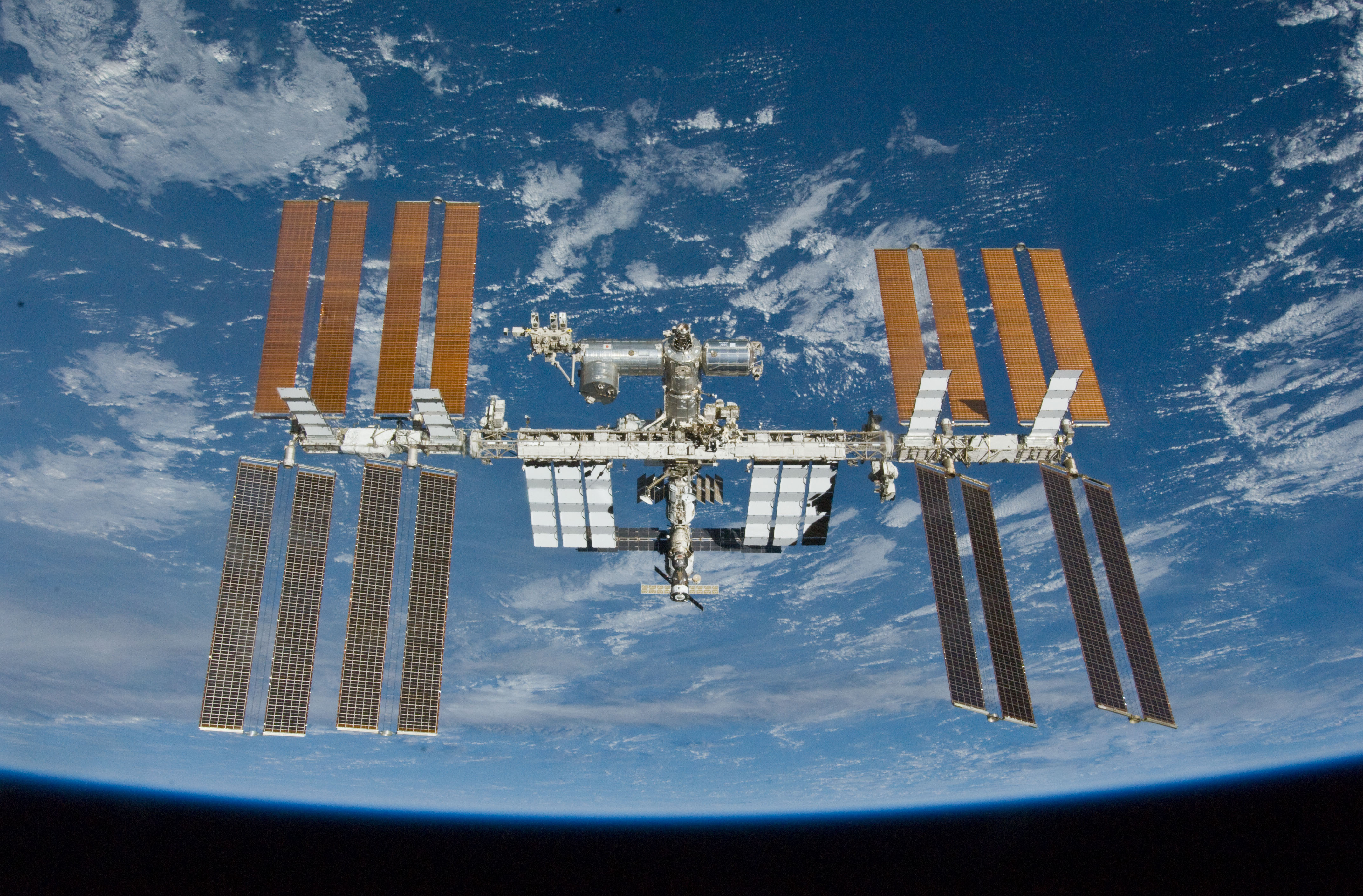 LA NASA HABLA CON EMPRESAS PRIVADAS PARA HACERSE CARGO DE LA ESTACIÓN ESPACIAL INTERNACIONAL