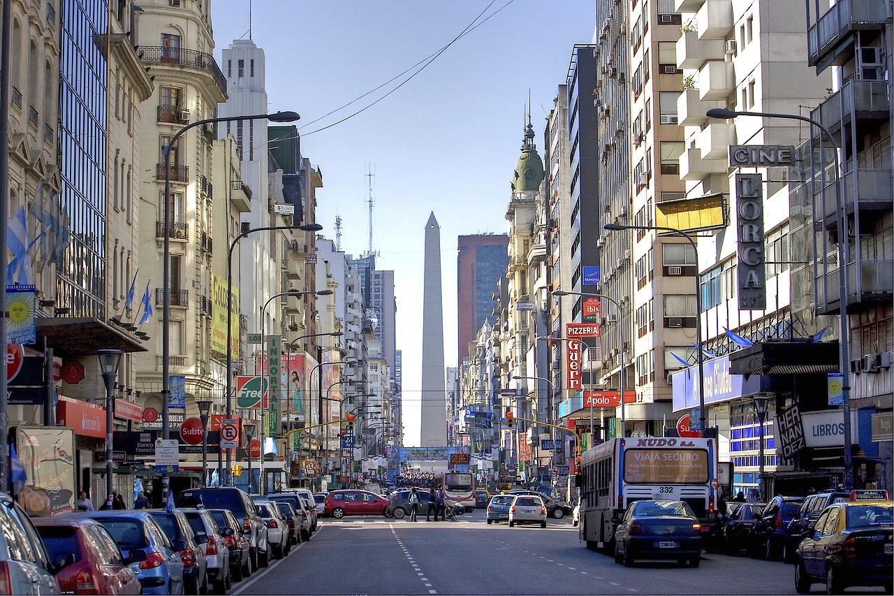 LA POBREZA EN ARGENTINA SUBE CINCO PUNTOS EN UN AÑO POR LOS PROBLEMAS ECONÓMICOS DEL PAÍS