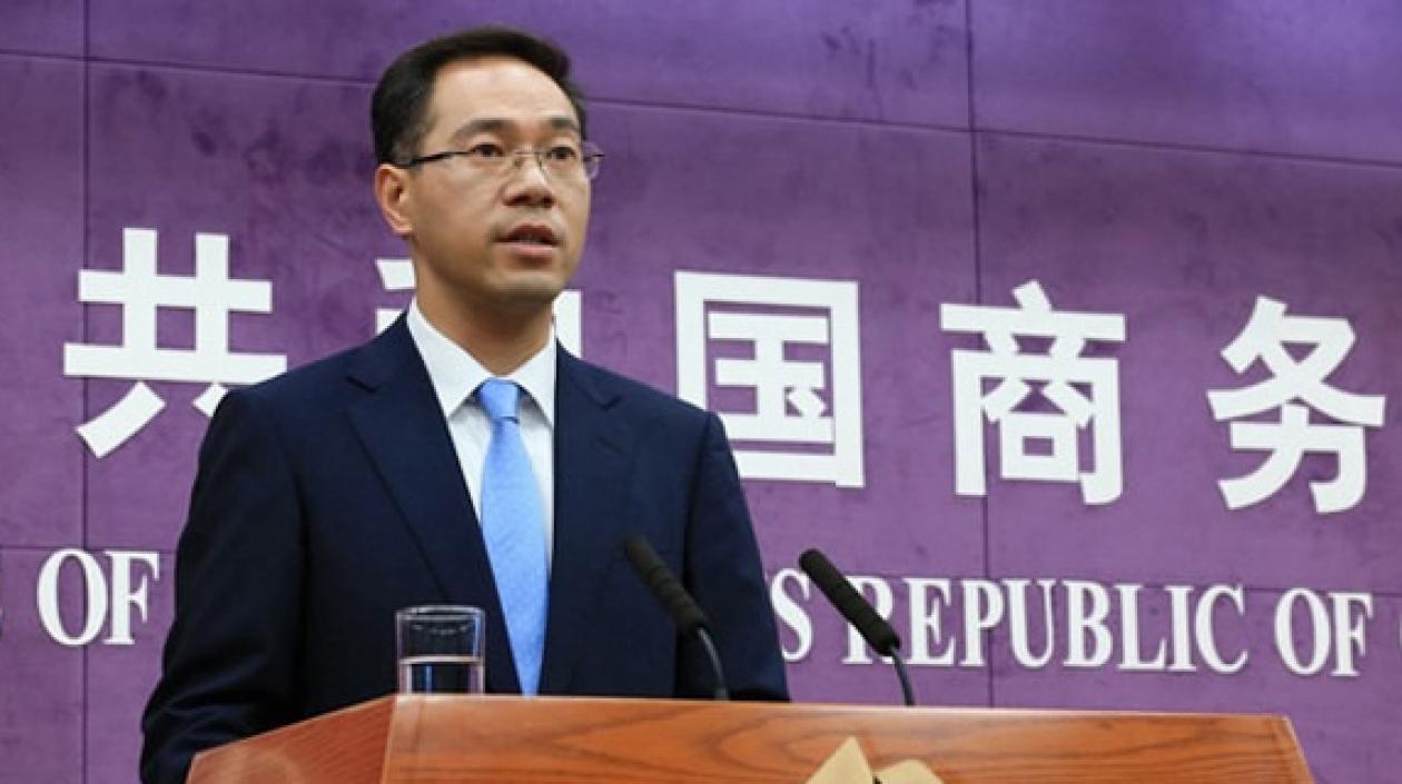 CHINA ASEGURA CONVERSACIONES COMERCIALES DIRECTAS CON EE.UU. EN ENERO, PROMETE MÁS APERTURA