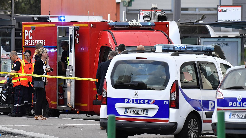 ¿ATAQUE TERRORISTA EN FRANCIA? UNA PERSONA MURIÓ Y NUEVE RESULTARON HERIDAS