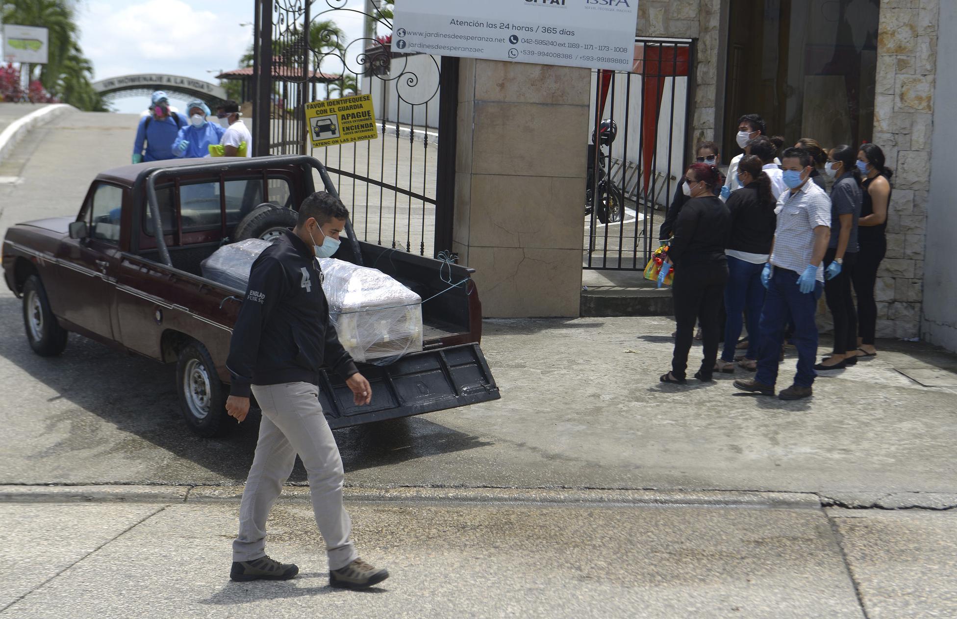 ECUADOR VIVE UNA CRISIS SIN PRESEDENTES POR EL CORONAVIRUS
