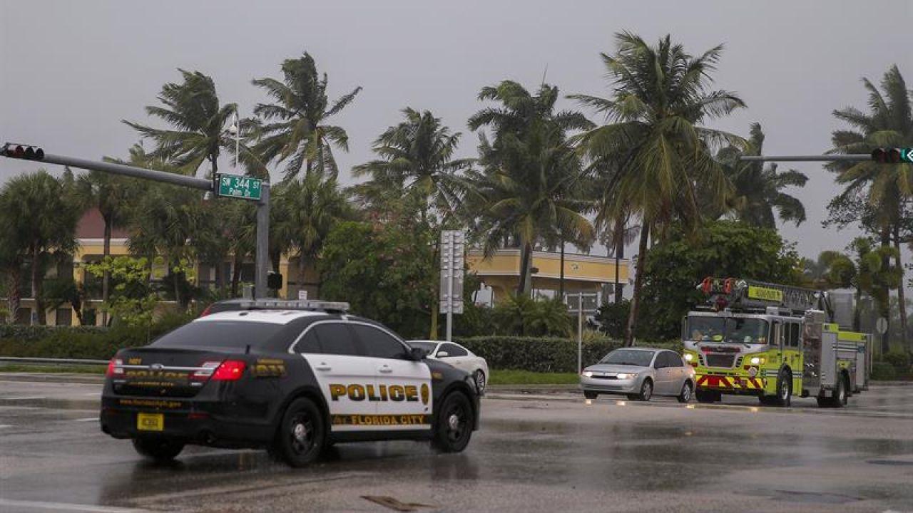 GRAN PARTE DEL SUR DE FLORIDA ESTARÁ BAJO TOQUE DE QUEDA DURANTE UNA SEMANA