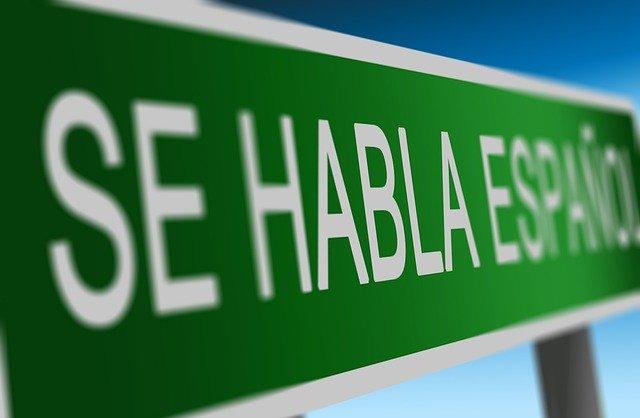 MES DE LA HERENCIA HISPANA: ¿QUÉ SERVICIOS E INFORMACIÓN OFRECE EL GOBIERNO DE EE.UU. EN ESPAÑOL?